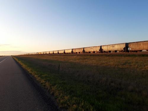 Har vel aldri sett så lange tog og så mange containervogner i et sett.